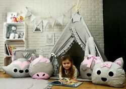Teepee Zoo Tent With Mat + 4 Animal Cushion Pillows + A Star Pendant + Mat