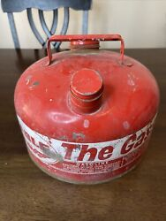 Vintage Eagle The Gasser Gas Can With Spout Model M-2 1/2 See Pics Read