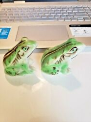 Vintage Anthropomorphic Py Japan Frogs Salt And Pepper Shakers One Damaged