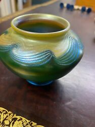 Studios Early 2oth Century A Fine Favrile Glass Vase