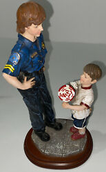 Wow Vintage Police Blue Hats Of Bravery Figurine A Gift Of Thanks 1998 Vanmark