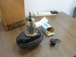 Mcdonnell And Miller Flow Switch Fs7-4-sw New Surplus