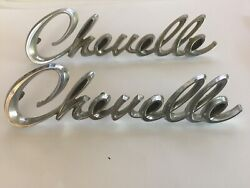 Chevelle Emblems Rear 1/4 Panel Vintage Original 1968 Chevy , 7740129 1 And 2