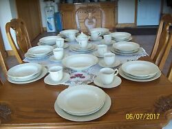 Mikasa Fine Ivory Basket Weave Tivoli 51 Piece 5 Place Setting For 9 And Extraand039s