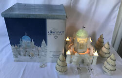 Dept 56 Snow Village 2001 Crystal Ice Palace Gift Set Lighted And Animated 58922