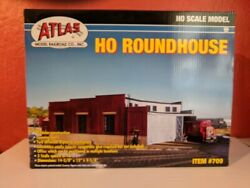 Atlas 709 - 3-stall Roundhouse Kit - Ho Scale
