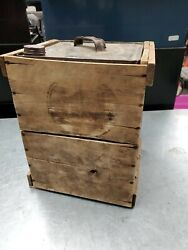 Rare Oil Can In Crate Socony ,veedol, Imperial, Lubrite Antique Gas Oil Shell