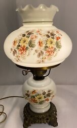 Vintage Gwtw Accurate Casting Base White Hand Painted Flowers Parlor Lamp
