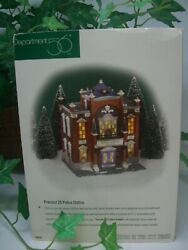 Dept 56 Christmas In The City Precinct 25 Police Station 58941 New Condition.
