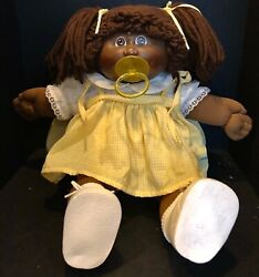 1983 Cabbage Patch Kids African American Girl With Pacifier Hong Kong Head Body