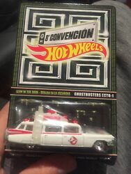 2015 Hotwheels 8th Convetion Ghostbusters Ecto-1 - Glow In The Dark Brand New