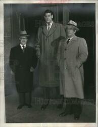 1952 Press Photo Bill Spivey W/ Attorneys Charged In Basketball Fix Case