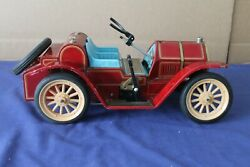1960's Vintage Japanese Modern Toys Battery Lever Action Tin Car - Not Working