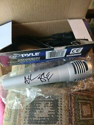 Axl Rose - Guns And Roses - Signed Microphone - Jsa With Letter
