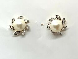14k Yellow Gold 7 Mm Cultured Pearl Earrings Very Good Quality Diamond Accents