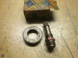Chevy And Gmc Truck Military Ww Ii Speedometer Gear Assembly Nos 608444
