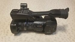 Sony Xdcam Ex1 Hd Video Camera With Media Cards, Extra Battery, Ac/dc Adapter