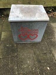 Vintage Dairy Co Inc. Dellwood Metal Milk Crate Box Yonkers Rare Item Antique