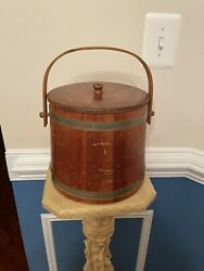 Vintage Brentwood Sewing Bucket W/lid And Pincushion Hight Is 7.5andrdquo Bottom 8.5andrdquo