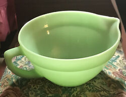 """Vintage Fire King Jadeite Oven Ware Batter Bowl 1"""" Band W/handle And Spout 1950's"""