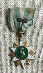 Wartime Period Made Vietnam Campaign Medal - Made In South Vietnam