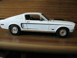 Maisto 1968 Ford Mustang Gt Cobra Jet 118 Scale Diecast Model Car 11912