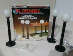 Vintage Lionel Three Operating Street Lamps With Box For O Scale Train Layout