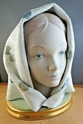 Early 1969 Lladro Young Woman Bust Capez Head Scarf Hat Figure Gold Wood Base