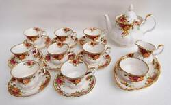 Gorgeous 20 Pieces Royal Albert Old Country Roses Tea Set
