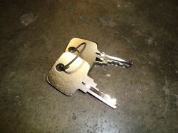 Ford Tractor Starter Key 9703810 Will Fit New Holland And Versatile Equipment