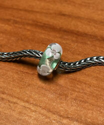 Authentic Trollbeads Unique Ooak Flower On Green Base New