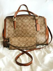 Used and authentic shoulder or crossbody coach Bag $220.00