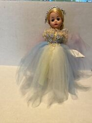 Madame Alexander Queen Of Storyland 10in Doll 26025 Limited Edition Rare