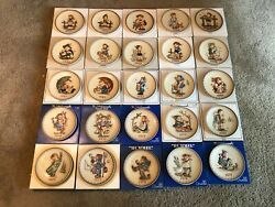 Hummel Annual Collector Plates Complete Set 1971-1995 25 Plates