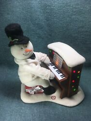 Hallmark 2005 Jingle Pals Snowman - Moves, Plays And Lights Up