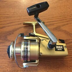 Vintage Japan Zebco 6070 Gold Series Spinning Reel with Box