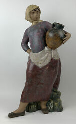 Lladro 12049 Country Woman, A Very Nice Size Piece, Limited Edition, 25 High