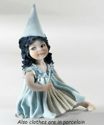 Statue Porcelain Figurine By Faerie Turqoise Seated Made By Hand In Italia