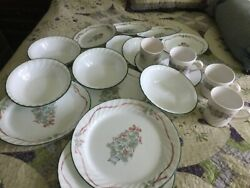 Corelle Callaway Holiday Christmas Dishes 4 Place Setting 20 Pieces