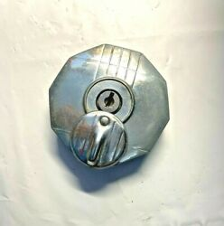 Gas Cap Locking Vintage Finned With Key Car Truck Antique New Old Stock +look+