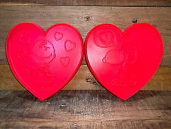 Vintage Pair Peanuts Charlie Brown And Snoopy Heart-shaped Cookie Cutters Ufs