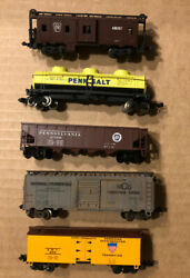Lot Of 5 N Scale Rolling Stock Freight Trains/cars Bachmann Micro Trix