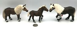 Schleich BLACK FOREST FAMILY Horse Animal figures 2009 Retired 13664 13663 13665
