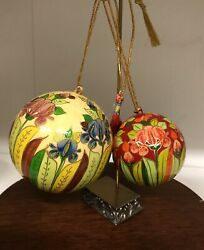 Handpainted Flower Lacquer Christmas Ball Ornaments