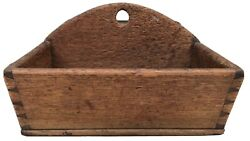 Antique Penna. 19th C. Walnut Finely Dovetailed Wall Hanging Candle Box Aafa.