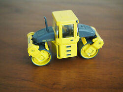 Bomag Bw184 Ad Double Drum Roller 1/50 Die-cast