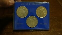 Lot Of 3 - Peace Silver Dollars In Plastic Holder 1922-1923-1925 3