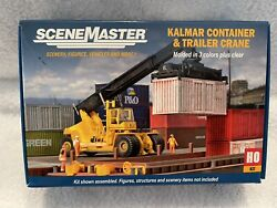 Walthers Scenemaster Kalmar Intermodal Container And Trailer Crane Kit Ho Scale