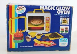 Vintage 1982 Child Guidance Magic Glow Oven Toy Cookware/play Set With Box 63506