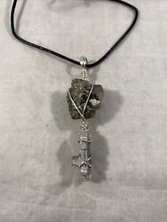 Space Marines Pyrite And Heavy Bolter Warhammer 40k Necklace Jewelry R3toystore